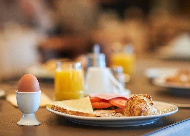 plate breakfast food brunch restaurant lunch sense Drink baking flavor orange close
