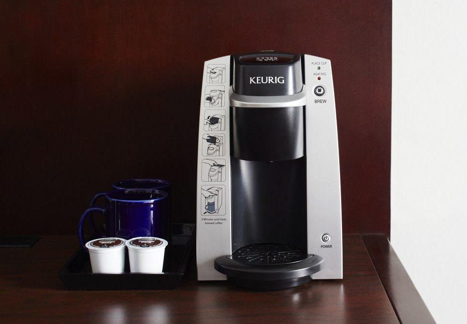 small appliance coffeemaker Drink product black blender espresso bottle kitchen appliance espresso machine kettle