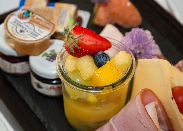 cup food fruit land plant breakfast Drink cuisine brunch flowering plant fresh dessert sliced