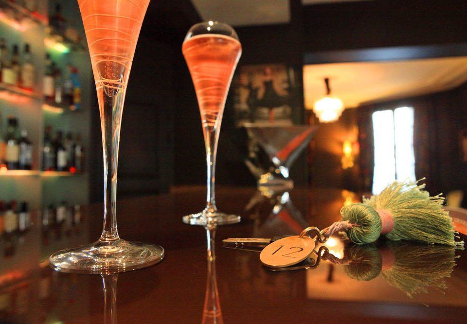 wine glass dinner restaurant Drink lighting centrepiece champagne
