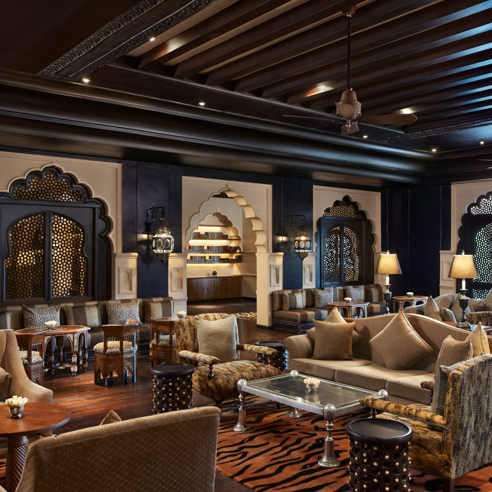 Drink Eat Historic Lounge Luxury Lobby living room recreation room restaurant