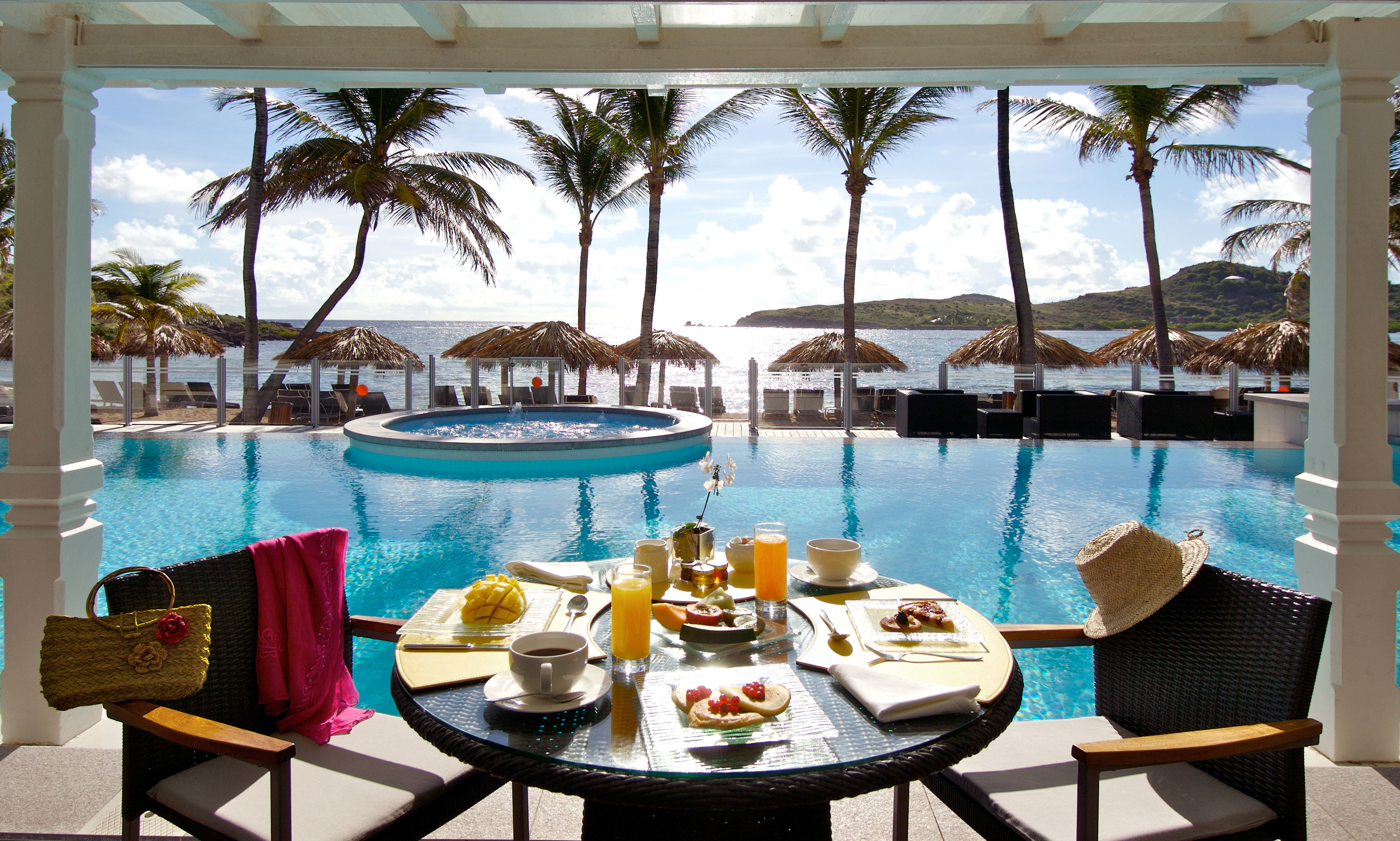 Drink Eat Lounge Pool leisure property Resort swimming pool restaurant condominium Villa caribbean overlooking