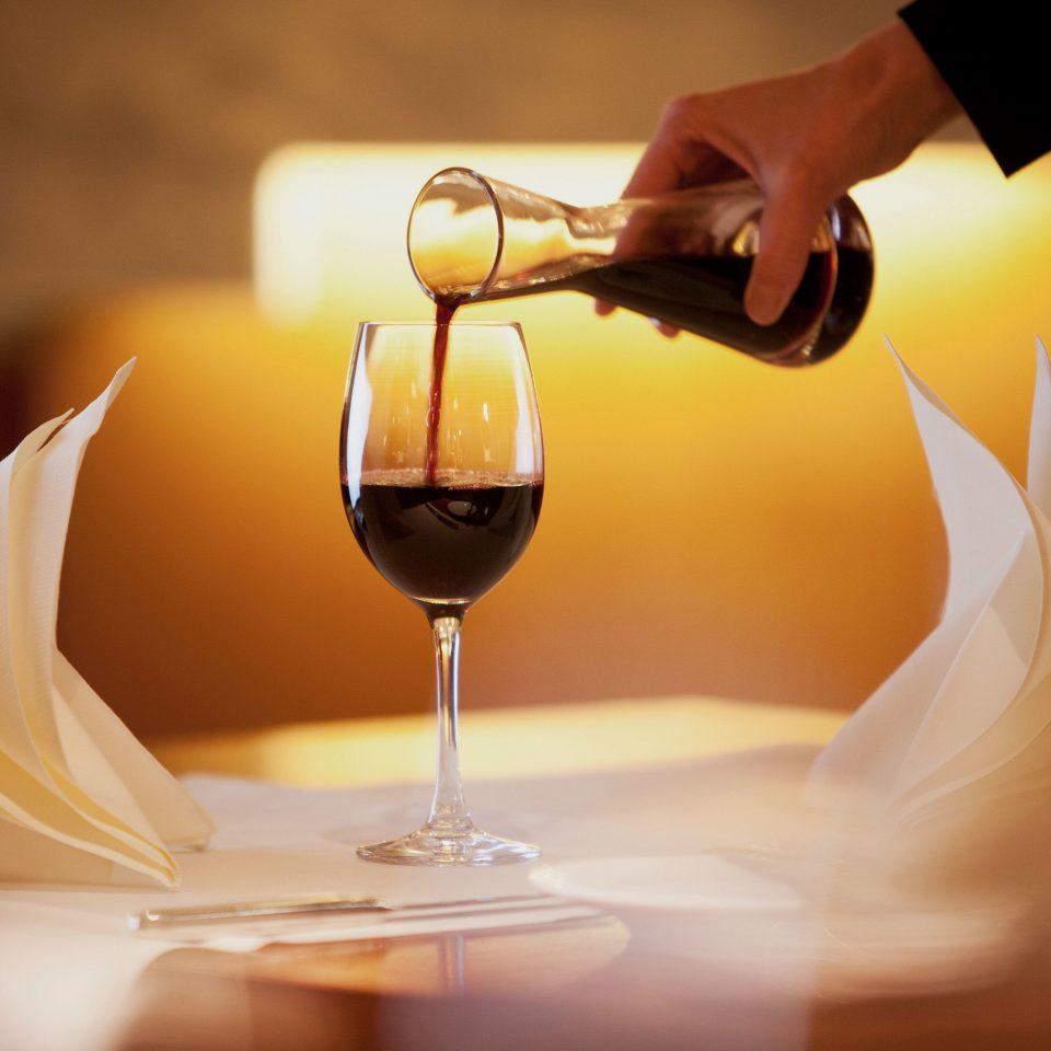 wine glasses glass Drink wedding restaurant lighting sense