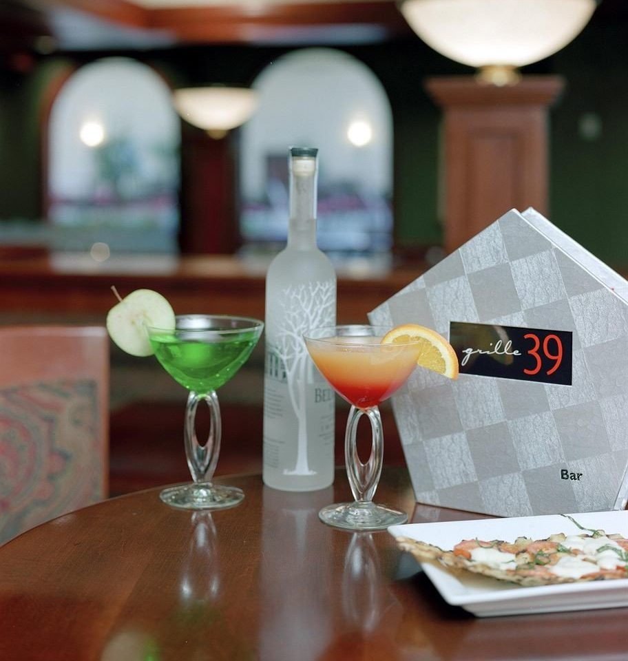 restaurant wine glass glass Drink stemware