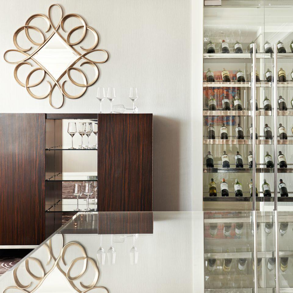 Drink Resort Wine-Tasting cabinetry shelf modern art