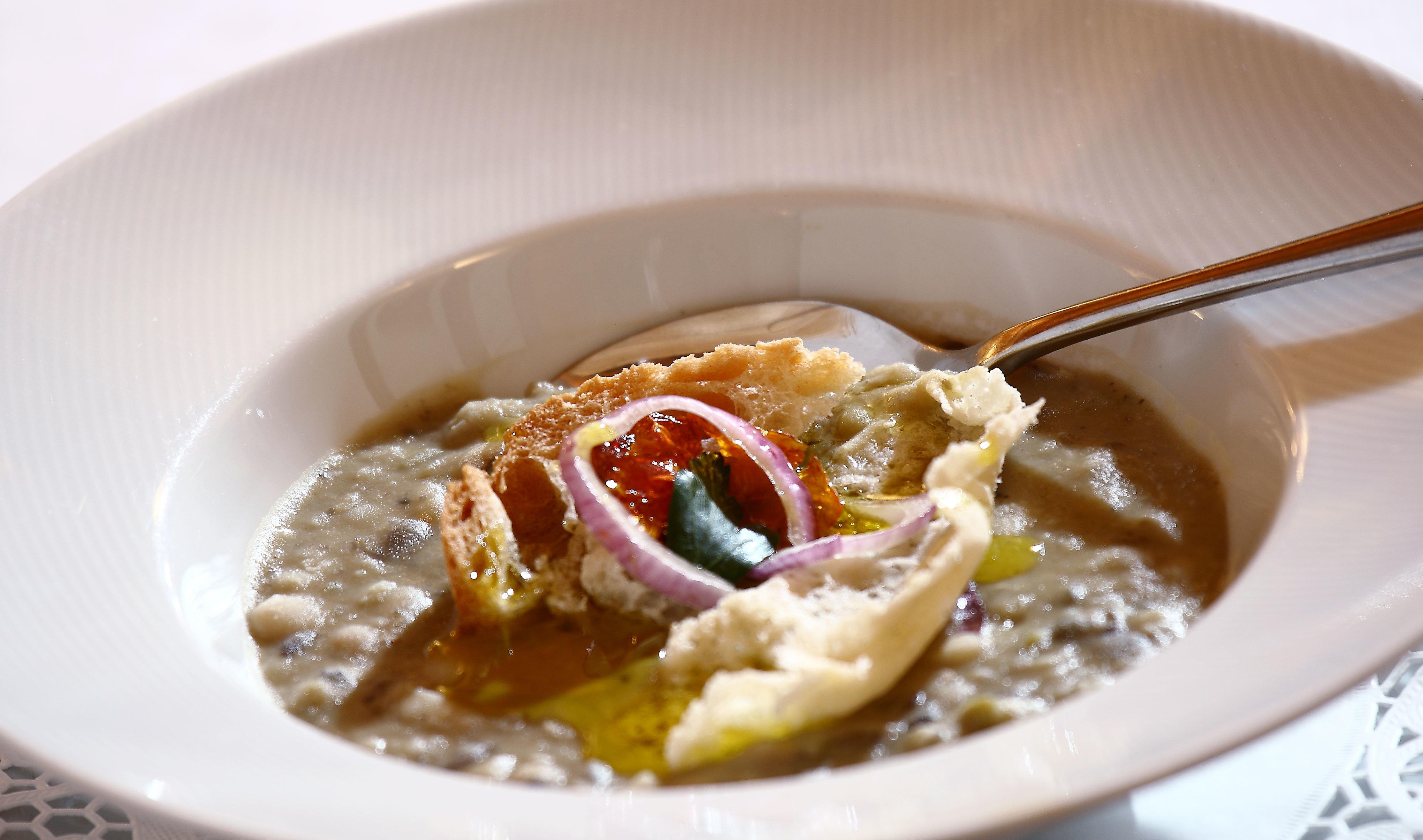 Eat plate food cuisine white curry breakfast piece de resistance