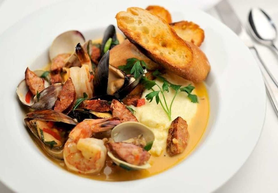 Eat plate food cuisine bouillabaisse Seafood fish white mussel vegetable meat containing piece de resistance