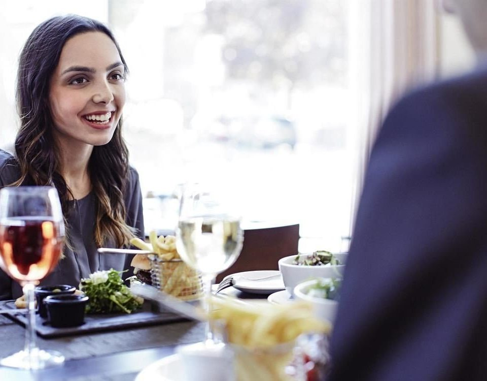 woman eating sense lunch
