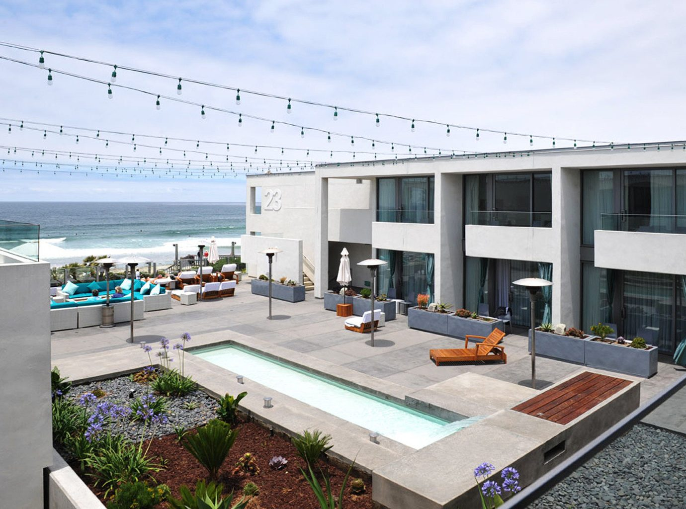 Architecture Beachfront Buildings Exterior Hotels Lounge Pool Resort Scenic views sky property real estate condominium facade headquarters interior design Design
