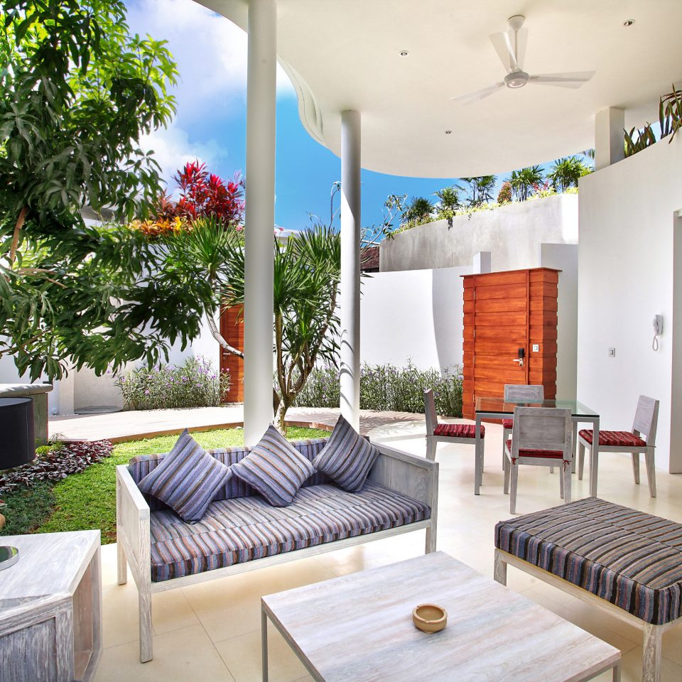 Eco Elegant Jungle Lounge Modern Outdoors Patio Villa tree property condominium living room home house cottage Resort