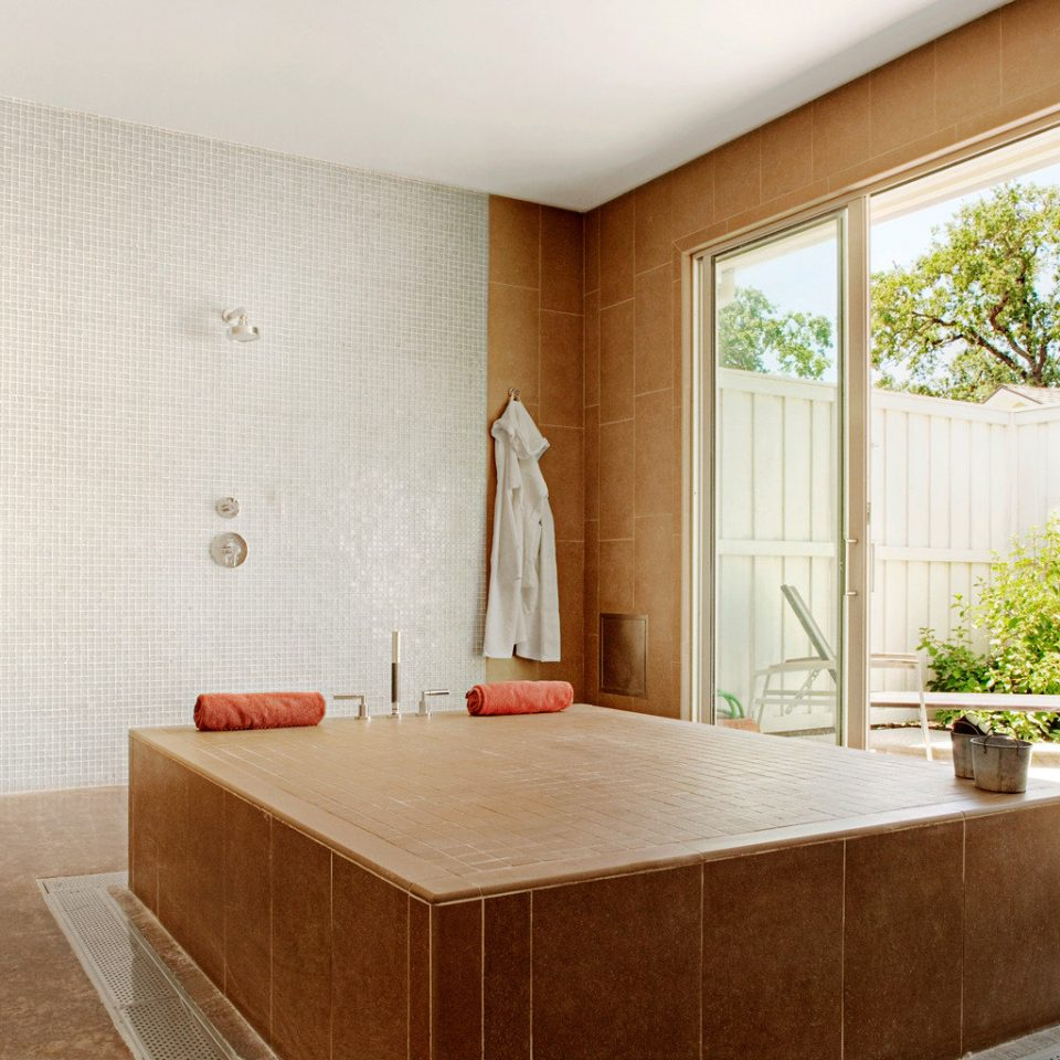 Eco Luxury Resort Romance Spa Wellness bathtub Suite bathroom