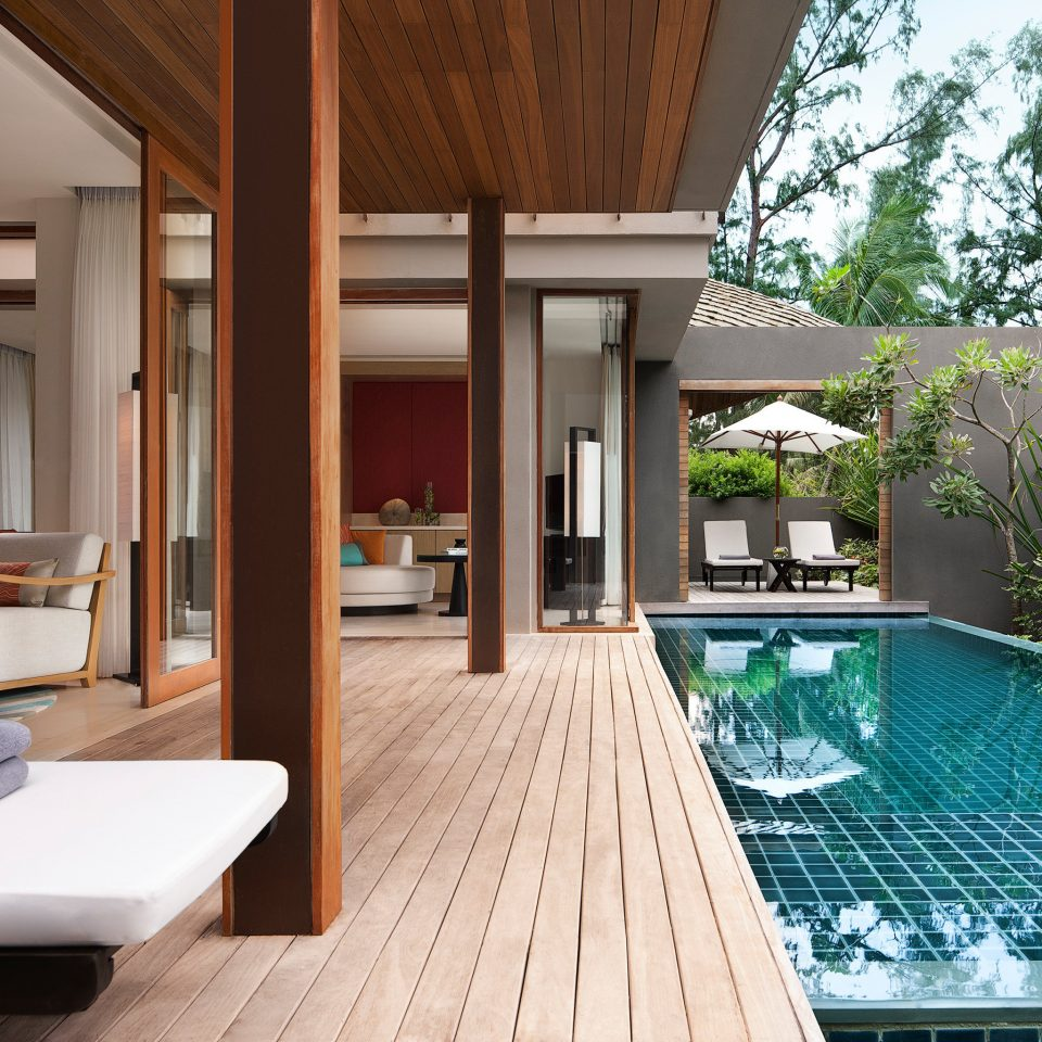 Elegant Exterior Grounds Hip Luxury Modern Pool swimming pool property house building condominium green home Villa backyard mansion
