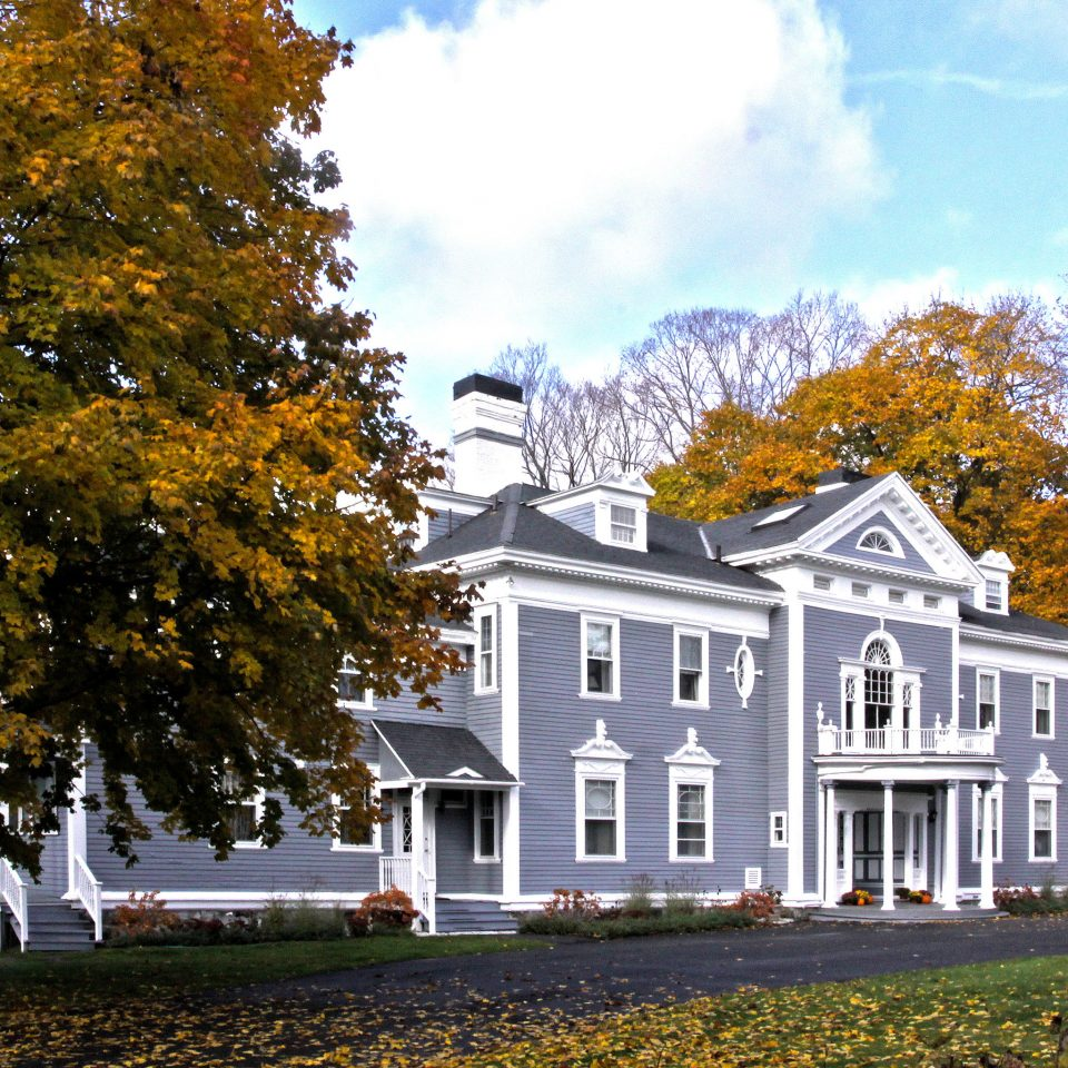 Elegant Exterior Grounds Inn Romantic tree sky grass house home season autumn building plant residential area leaf woody plant lawn suburb cottage residential