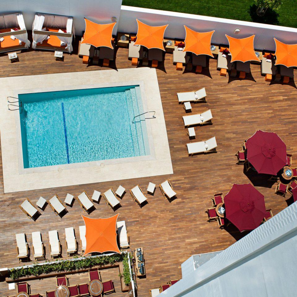 Elegant Exterior Hot tub/Jacuzzi Luxury Modern Pool toy