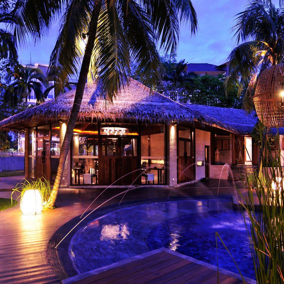 Elegant Exterior Luxury Modern Pool tree Resort night swimming pool landscape lighting light