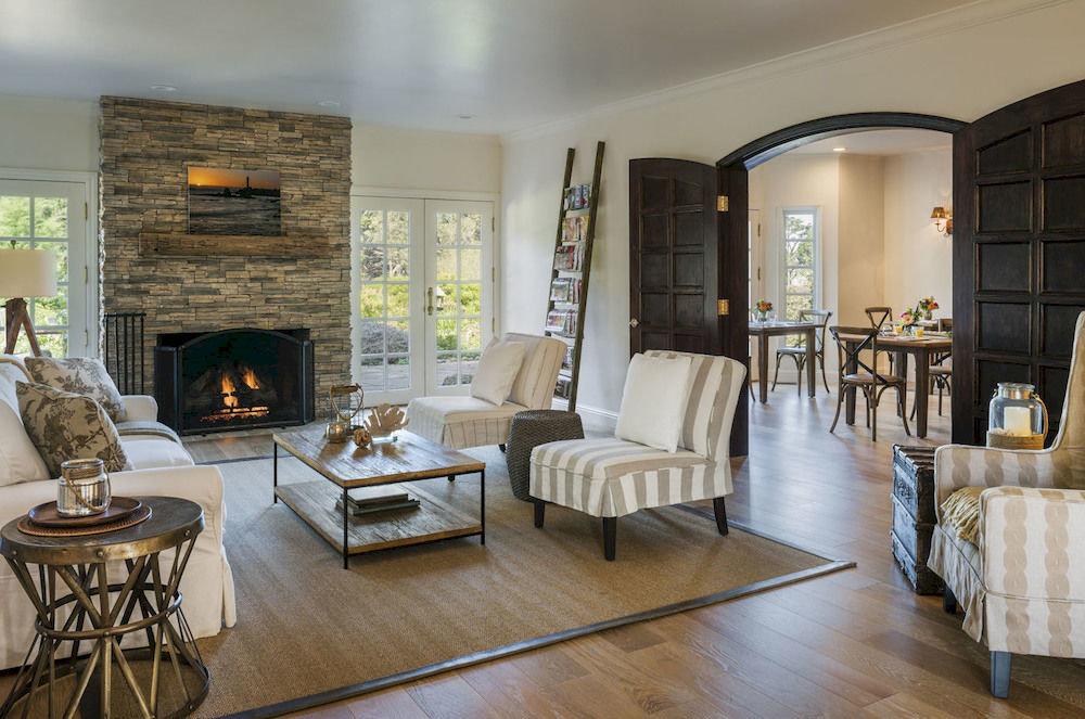 Elegant Hip Lounge Luxury Modern living room property chair Fireplace home hardwood Villa mansion Suite condominium wood flooring cottage flooring farmhouse loft