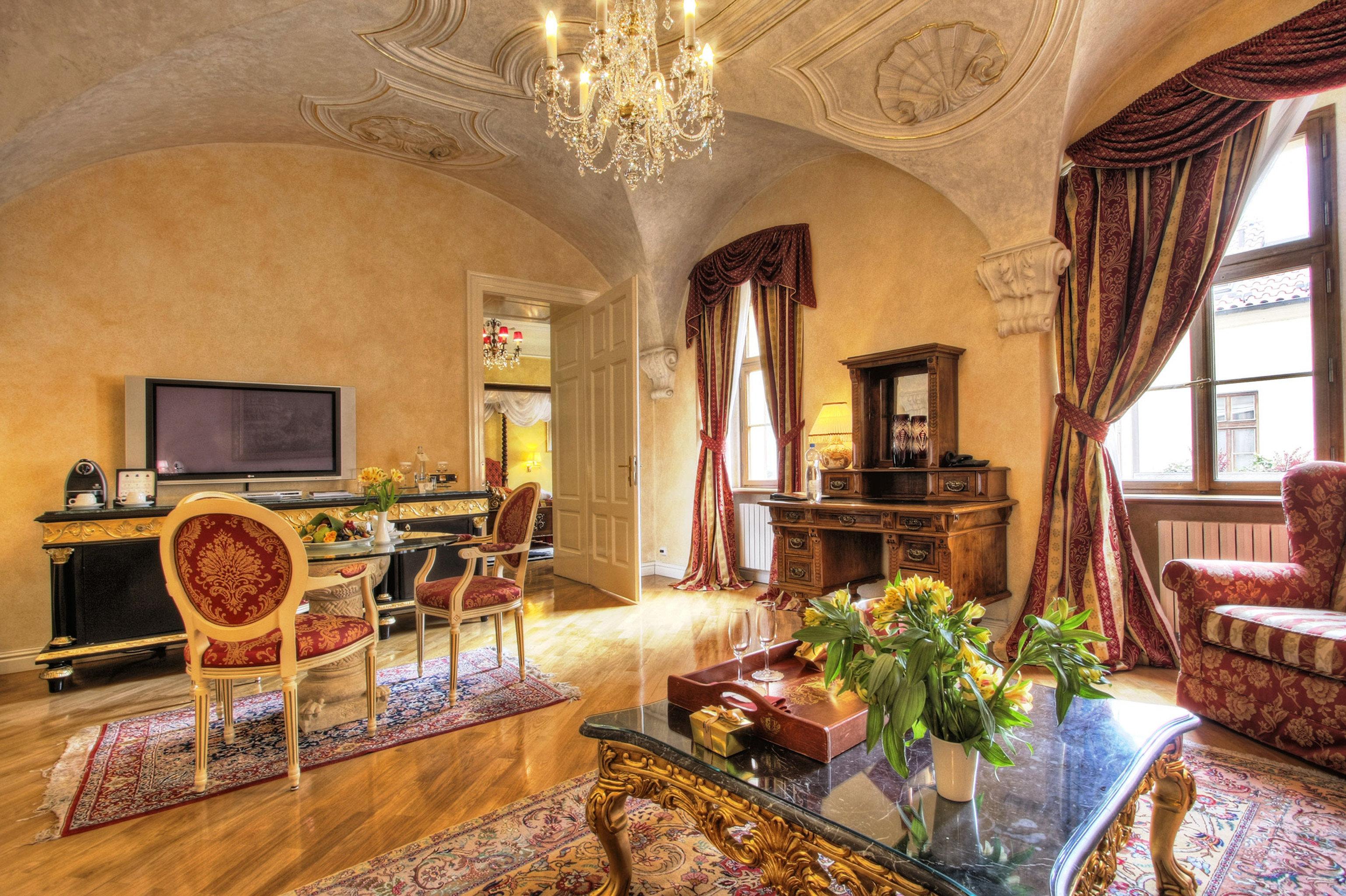 Elegant Historic Lounge Luxury property Fireplace living room home mansion Villa cottage farmhouse Lobby stone