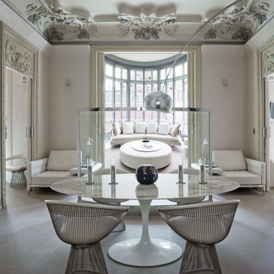 Elegant Hip Lounge Luxury Modern property home living room mansion cottage