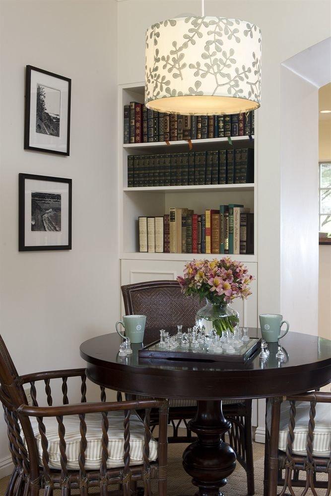 Elegant Hip Lounge Luxury Modern property living room home lighting cottage dining table