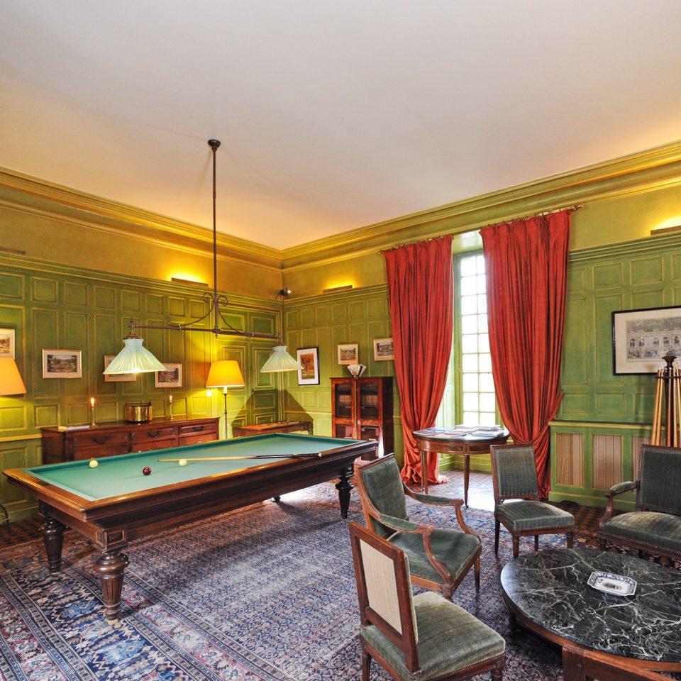 Elegant Historic Honeymoon Play Romance Romantic property recreation room mansion billiard room Suite condominium home Villa living room Resort