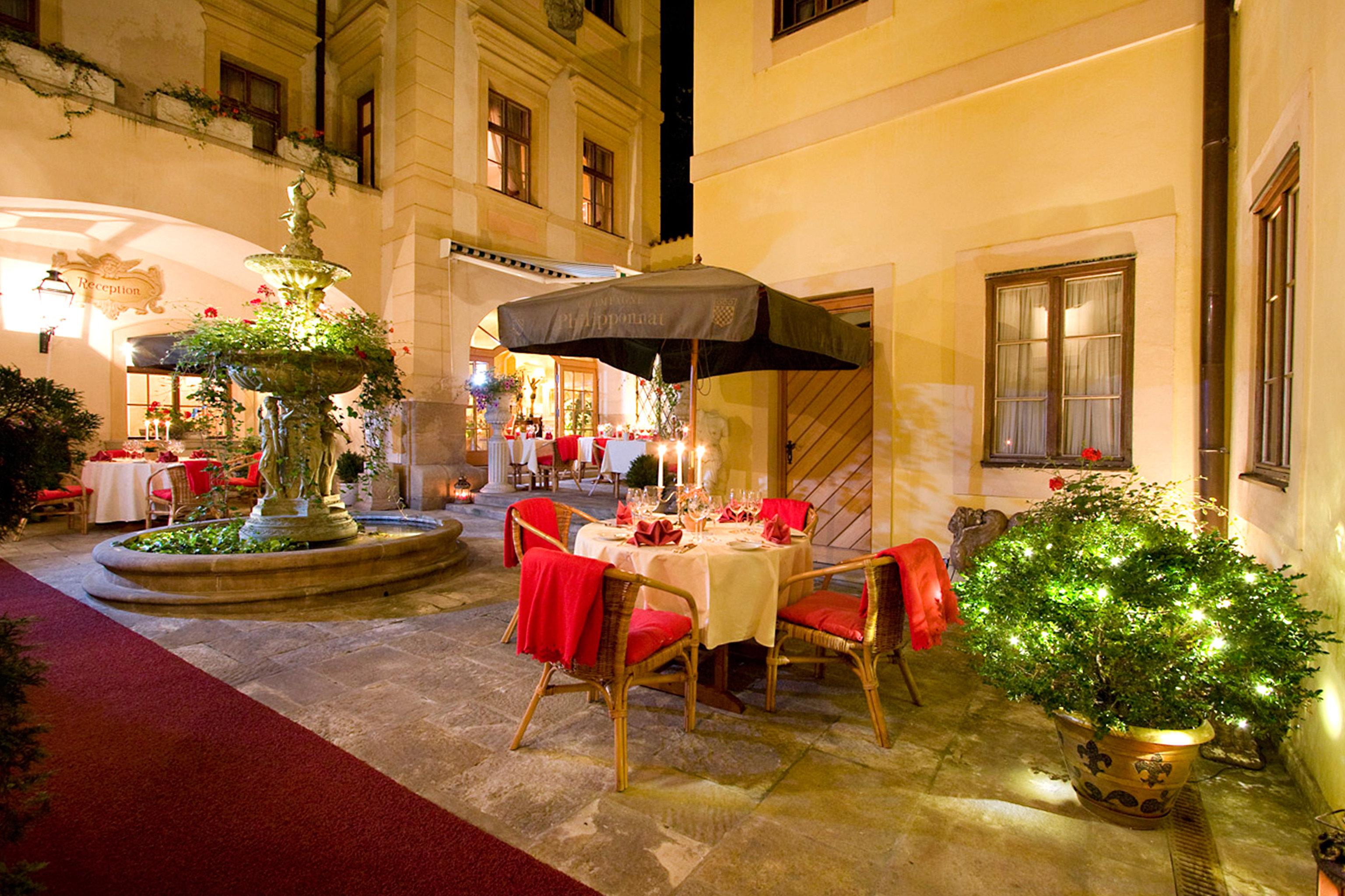 Elegant Historic Lounge Luxury restaurant Resort function hall palace Lobby hacienda