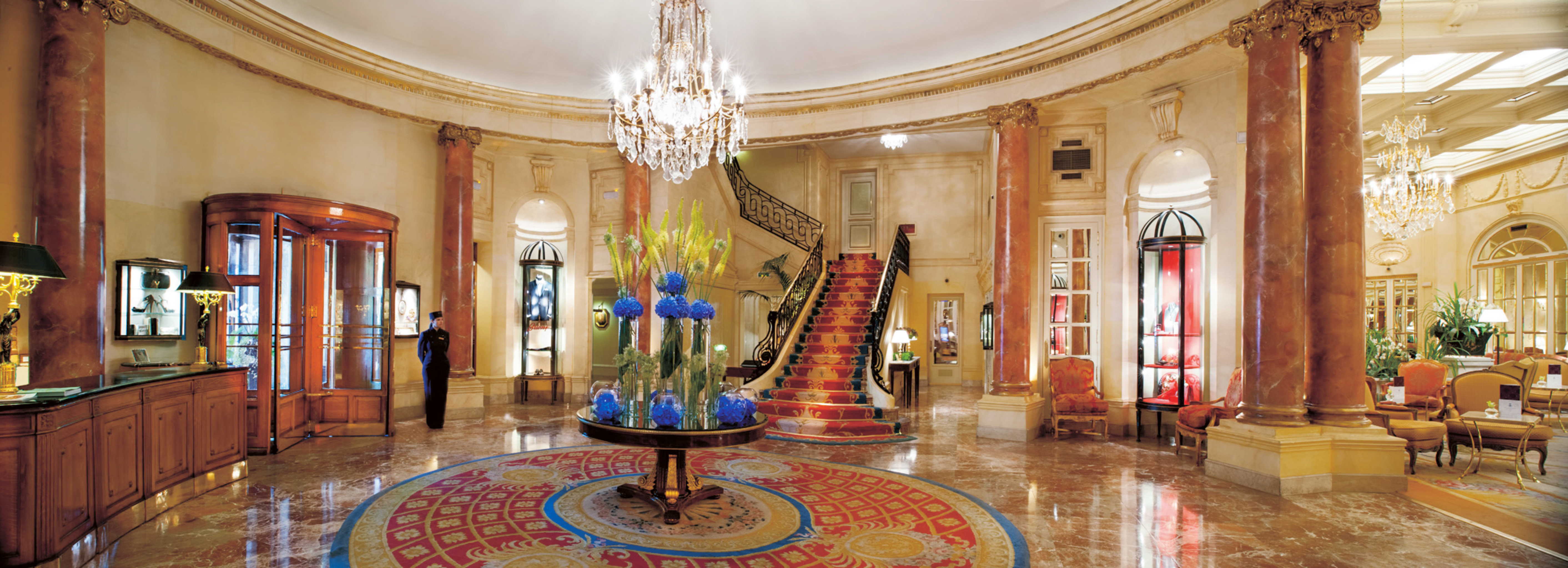 Elegant Historic Lounge Luxury Rustic Lobby building palace altar chapel tourist attraction ballroom place of worship synagogue