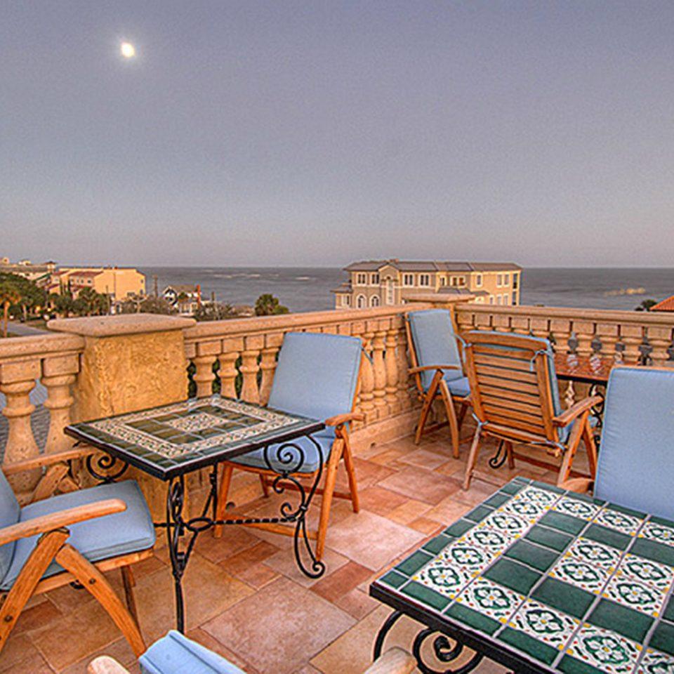 Elegant Historic Lounge Luxury chair property house home cottage Villa condominium