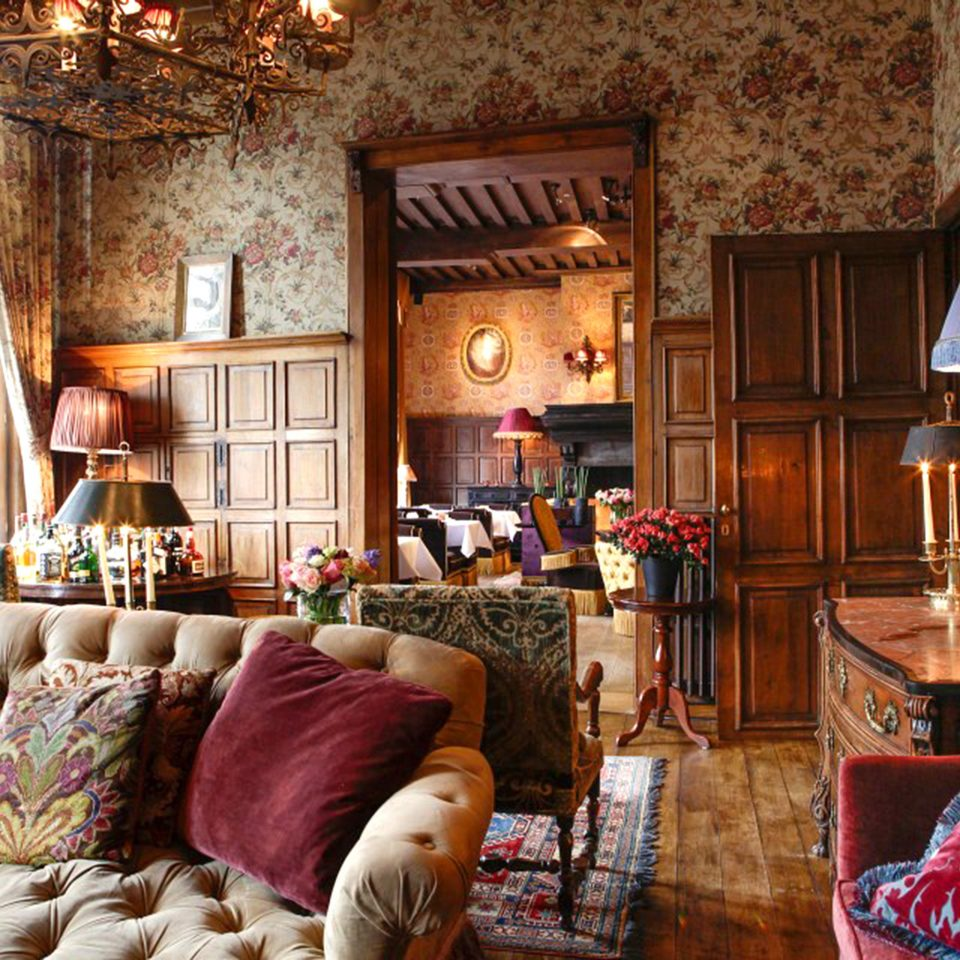 Elegant Historic Lounge Luxury Romantic sofa property living room home cottage Resort mansion