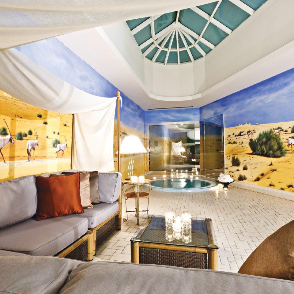 Elegant Hot tub Hot tub/Jacuzzi Lounge Modern living room home Suite