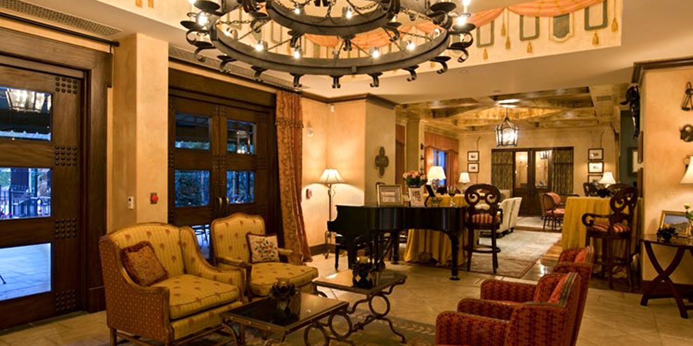 Elegant Lobby Lounge property living room recreation room mansion restaurant
