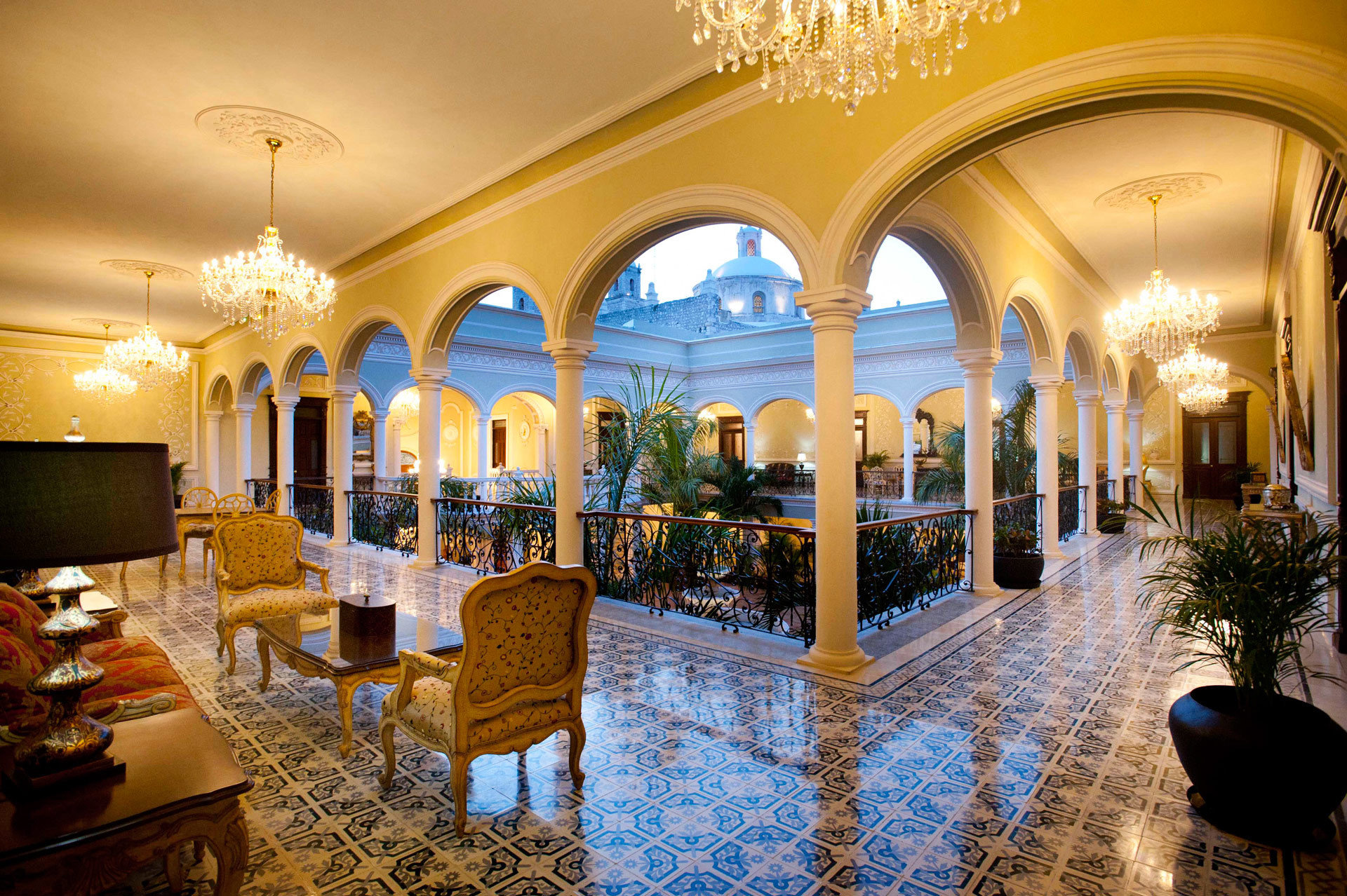Elegant Lounge Lobby palace function hall Resort restaurant ballroom mansion hacienda
