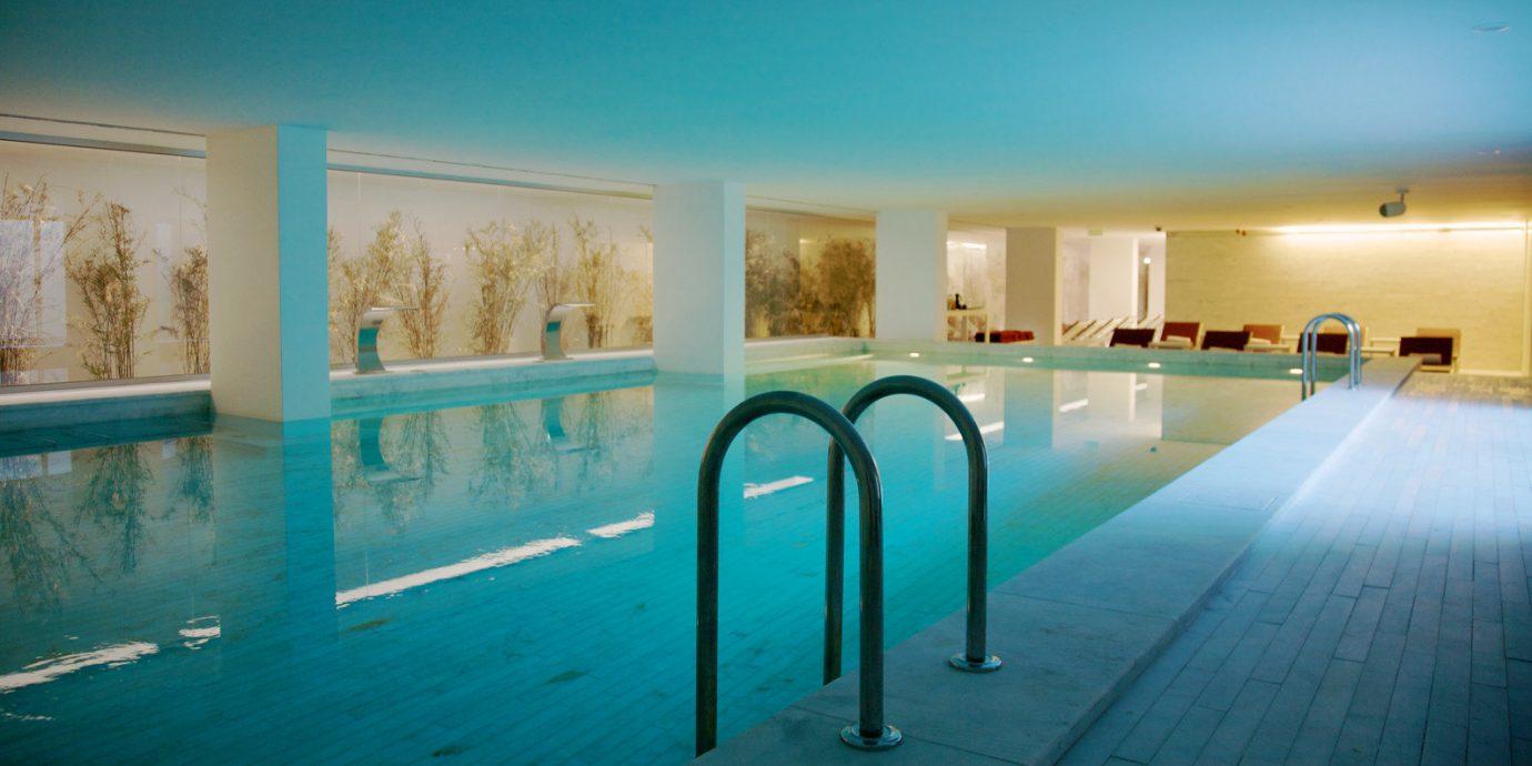 Elegant Lounge Luxury Modern Pool swimming pool leisure property scene Resort