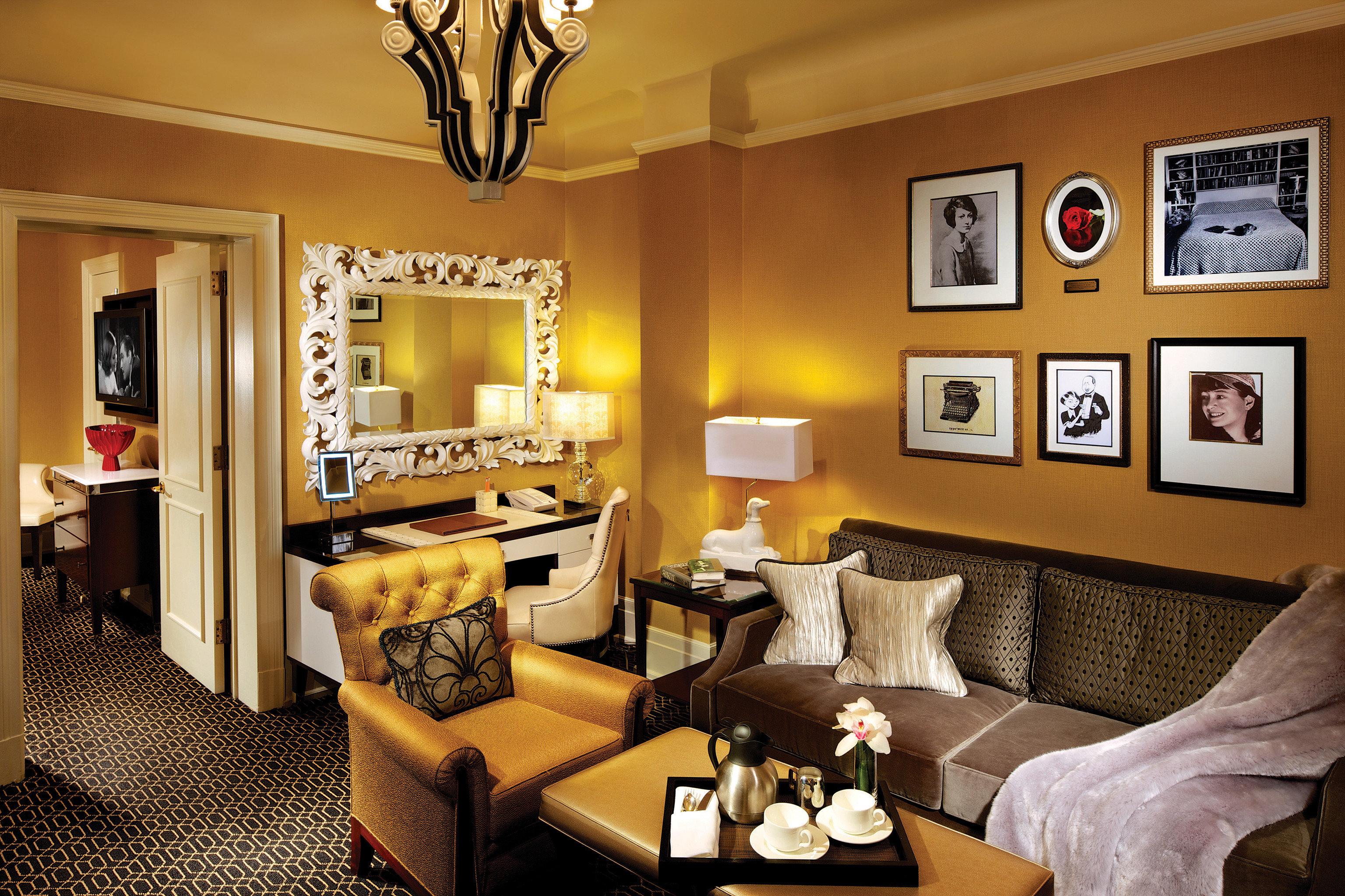 Elegant Lounge Luxury sofa property living room home Suite condominium