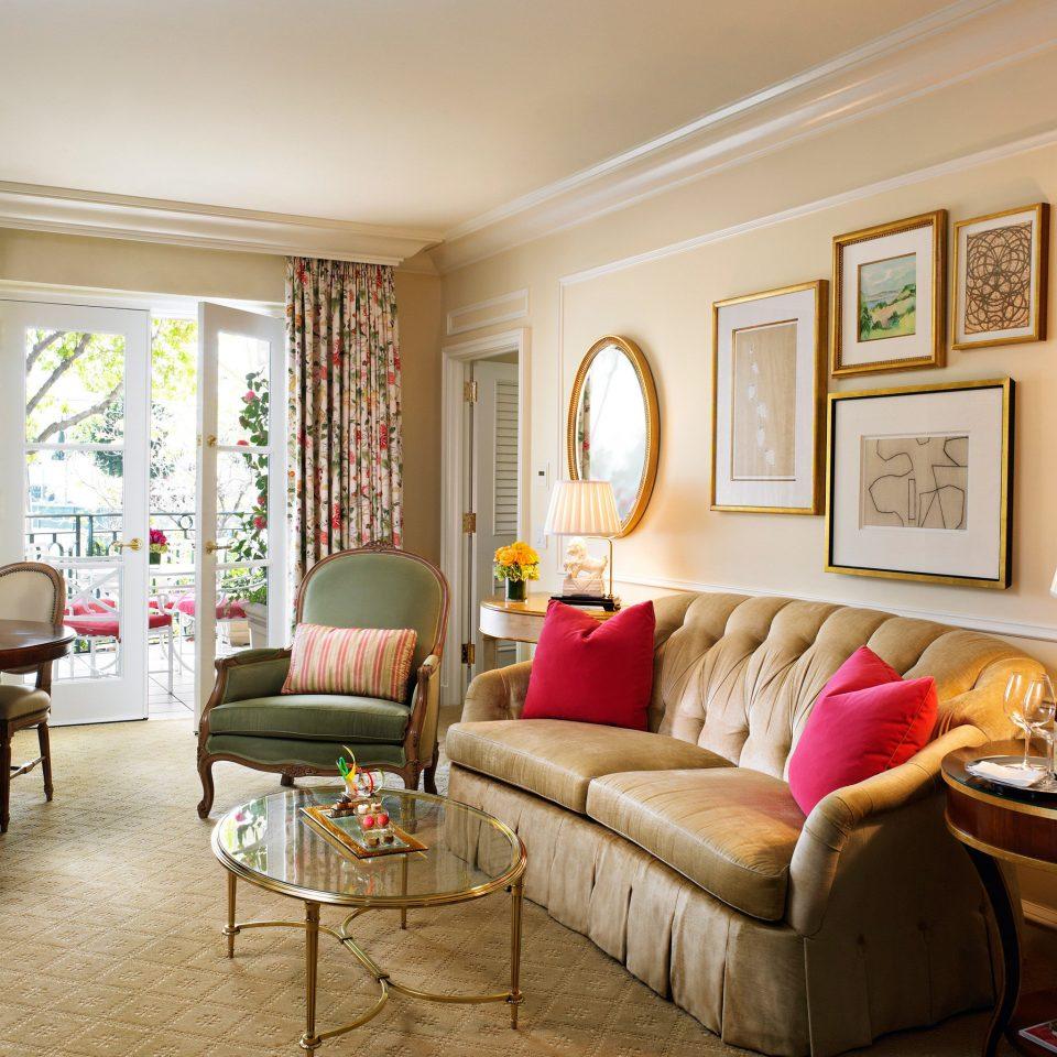 Elegant Lounge Luxury sofa living room property home hardwood cottage condominium Suite