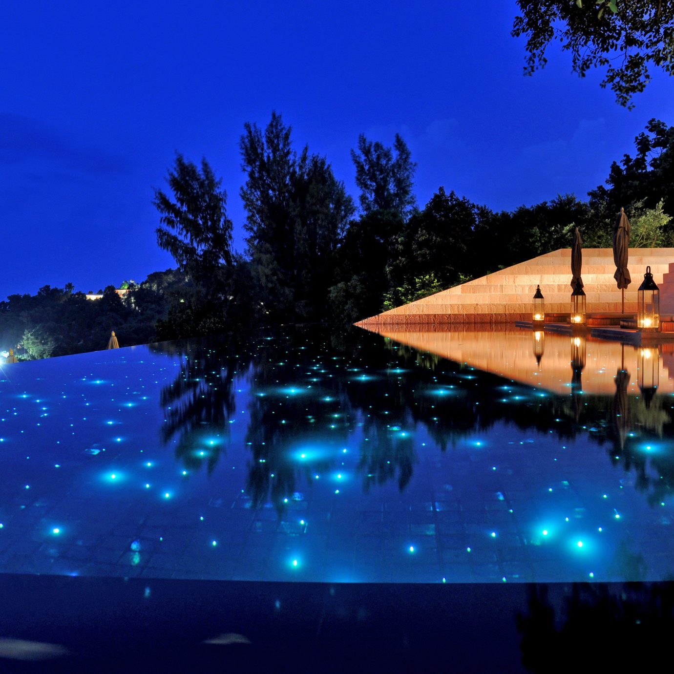 Elegant Luxury Modern Pool Romantic tree sky light night atmosphere of earth evening sunlight screenshot dusk