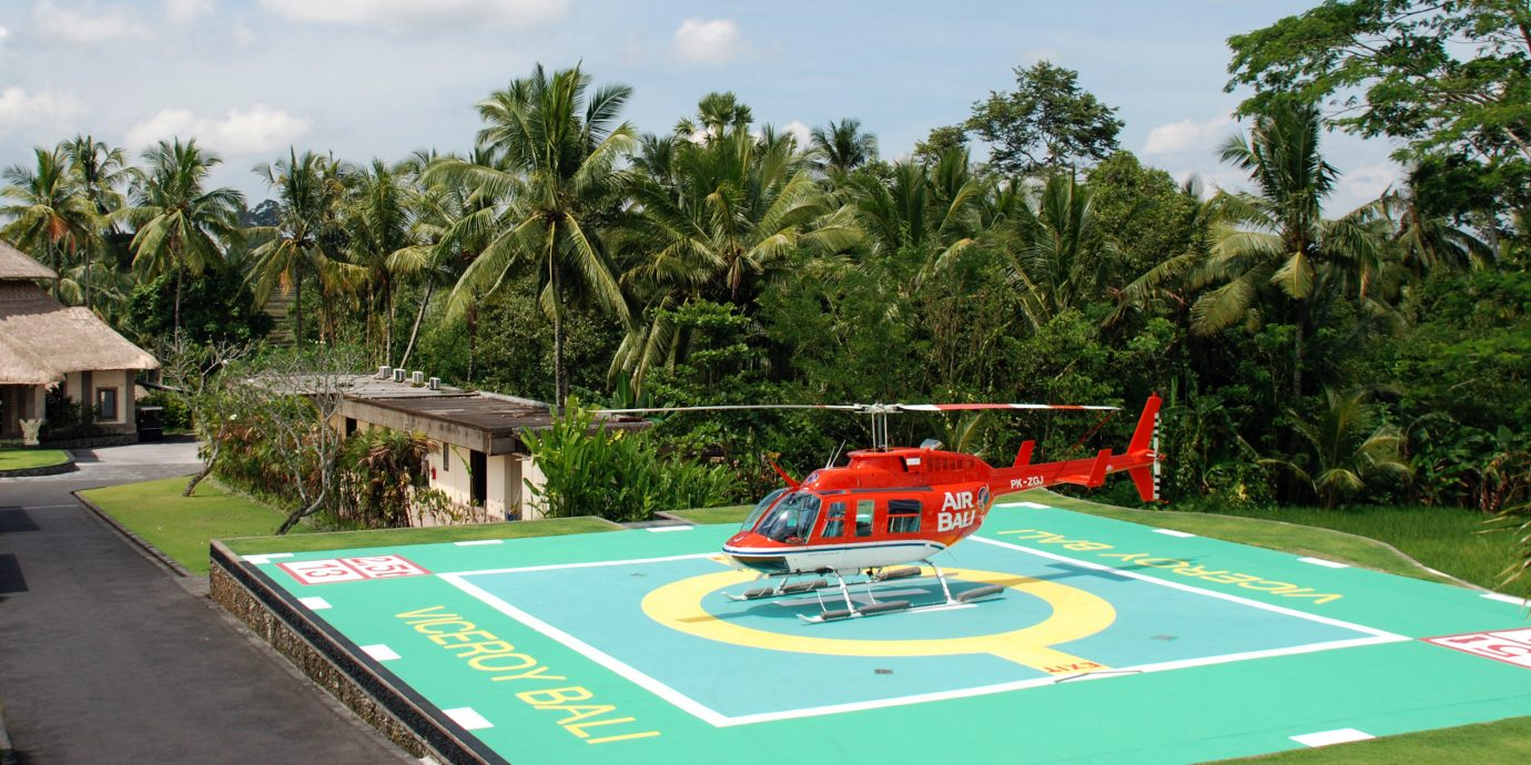 Elegant Luxury Scenic views Sport Tropical tree sky leisure swimming pool Resort Playground Water park park