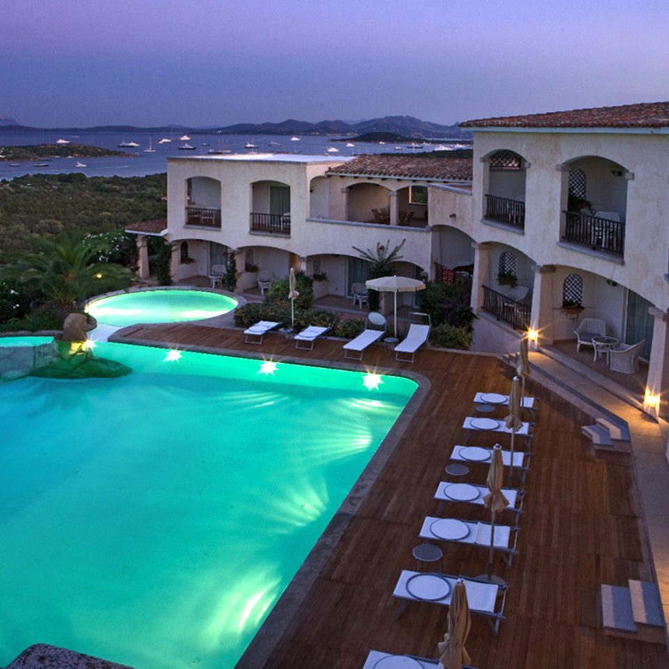 Elegant Luxury Pool Romantic Waterfront sky building swimming pool property leisure Resort Villa mansion swimming