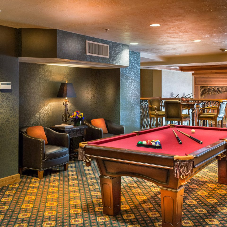 Entertainment Grounds billiard room recreation room Kitchen billiard table basement Island