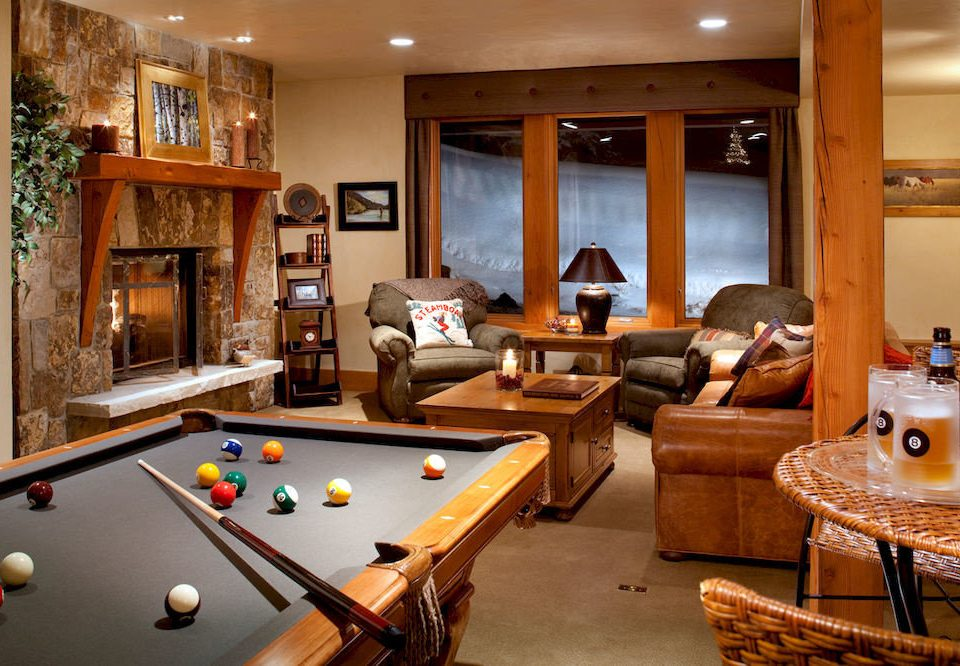 Entertainment Lounge Play Resort pool table poolroom pool ball recreation room billiard room property living room home Suite cottage basement Villa