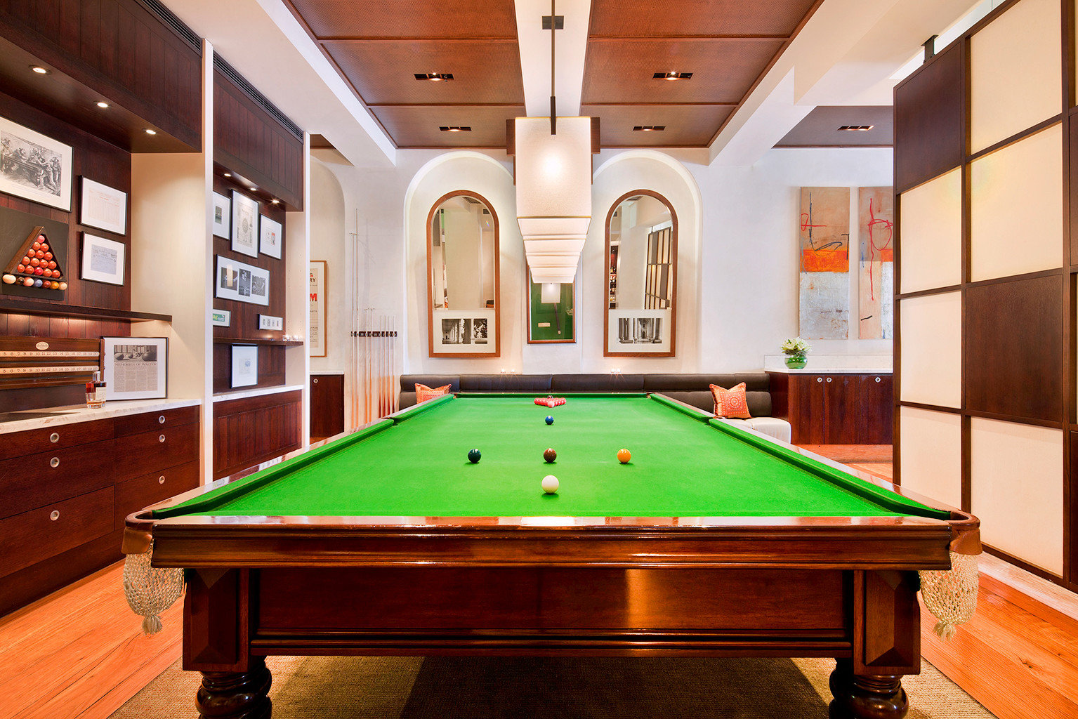 Entertainment Play Resort pool table poolroom billiard room pool ball recreation room carom billiards cue sports green billiard table scene indoor games and sports sports games gambling house