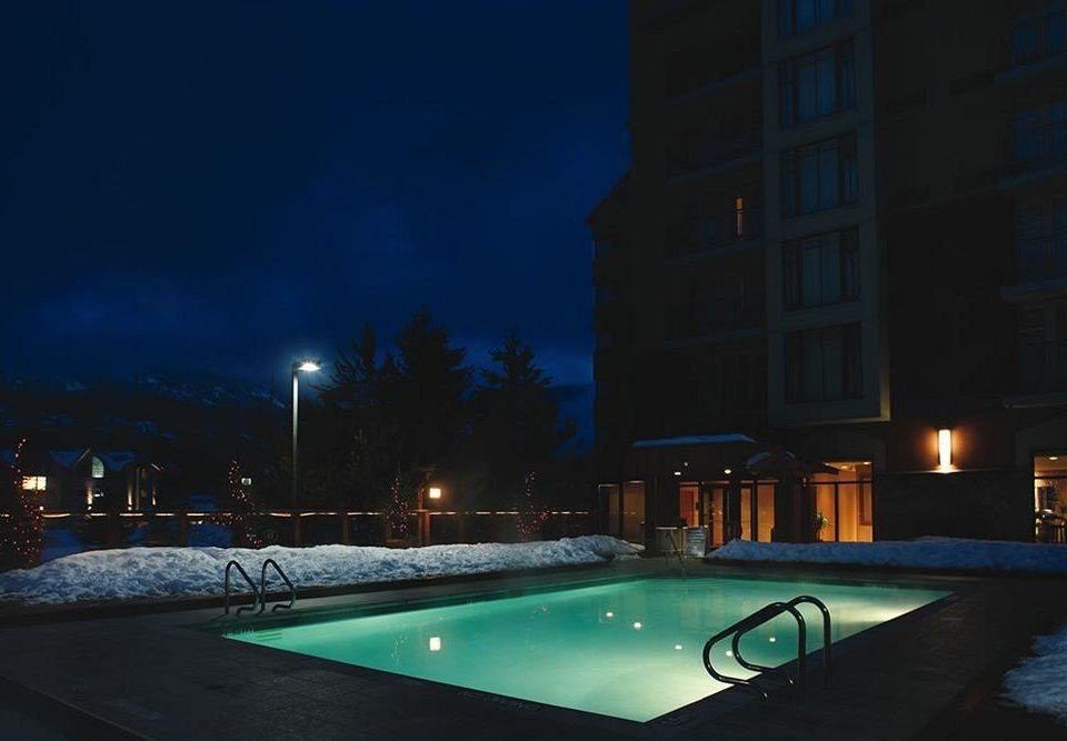swimming pool night light lighting evening screenshot