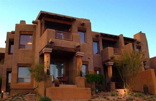 Exterior Family sky building property street Villa house home hacienda condominium mansion