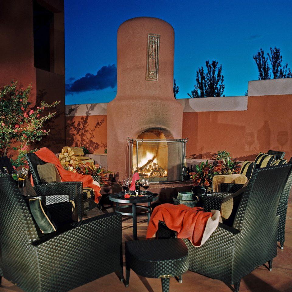 Exterior Fireplace Outdoors home restaurant living room