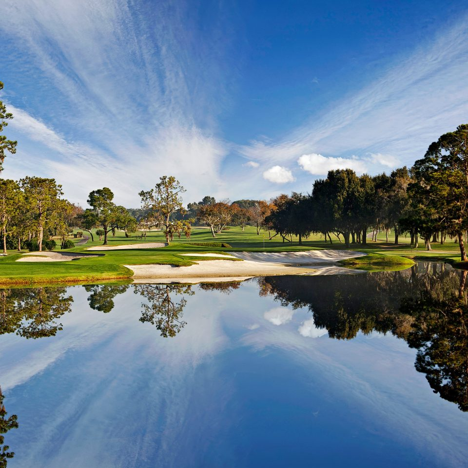 Exterior Golf Luxury Waterfront tree sky Nature pond water River structure cloud Lake sport venue morning woody plant landscape rural area sunlight aerial photography park autumn golf course surrounded traveling distance