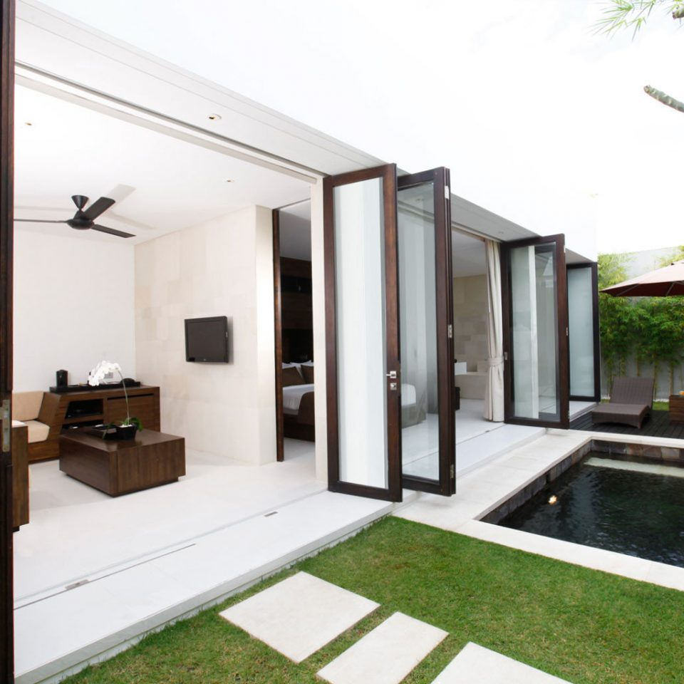 Exterior Grounds Luxury Modern Villa property building house home condominium mansion professional