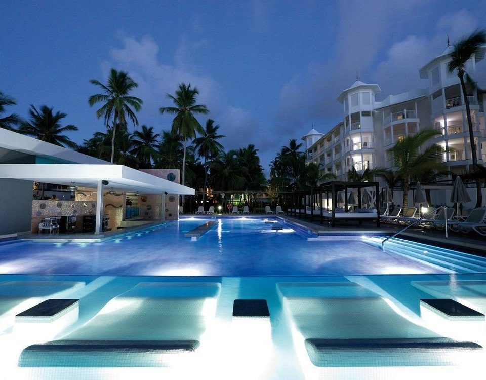 Exterior Grounds Luxury Pool Tropical sky swimming pool leisure Resort condominium marina plaza blue