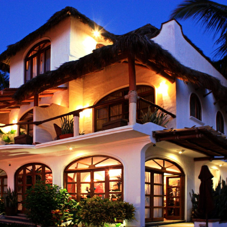 Exterior Grounds Villa building sky house Town night street Resort home evening lighting restaurant light Village