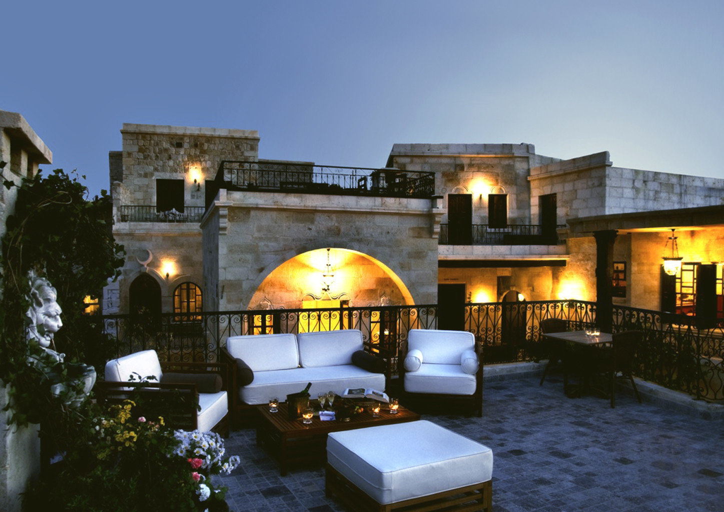 Exterior Hip Lounge Luxury Modern sky house property building home Villa mansion Resort hacienda cottage