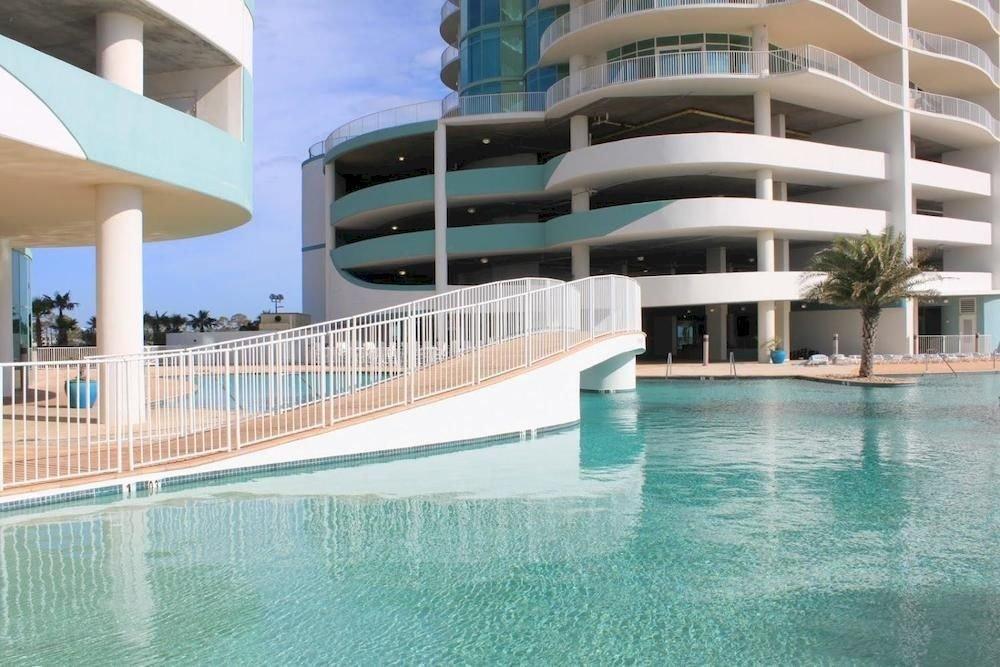 Exterior Hot tub/Jacuzzi Lounge Pool swimming pool condominium property leisure building Resort marina swimming
