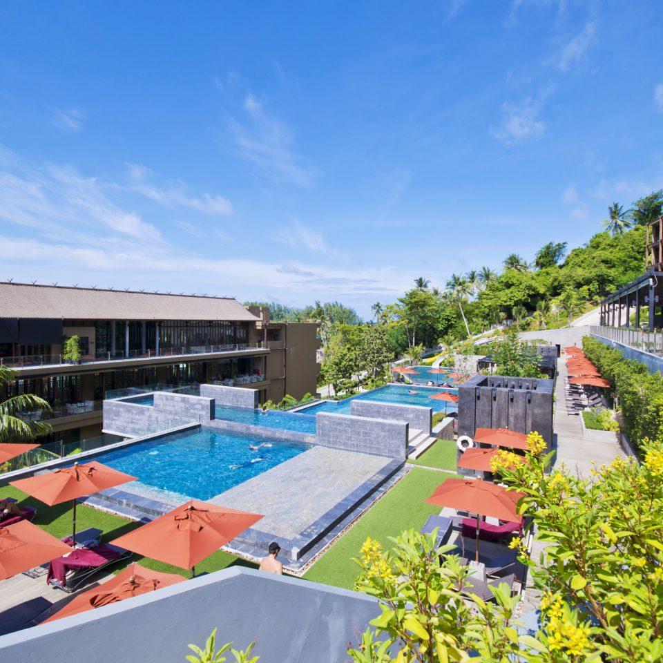Exterior Hot tub/Jacuzzi Luxury Pool Romantic Tropical sky leisure swimming pool Resort Water park amusement park home park waterway